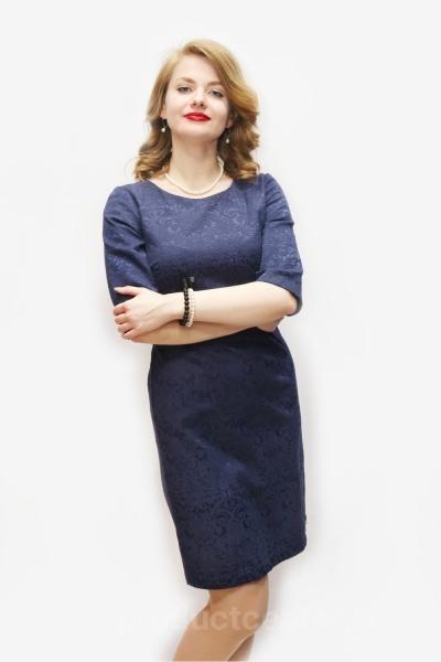 Женская платья и костюмы оптом