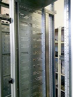Электротехнические шкафы моментум enc от производителя снежи.