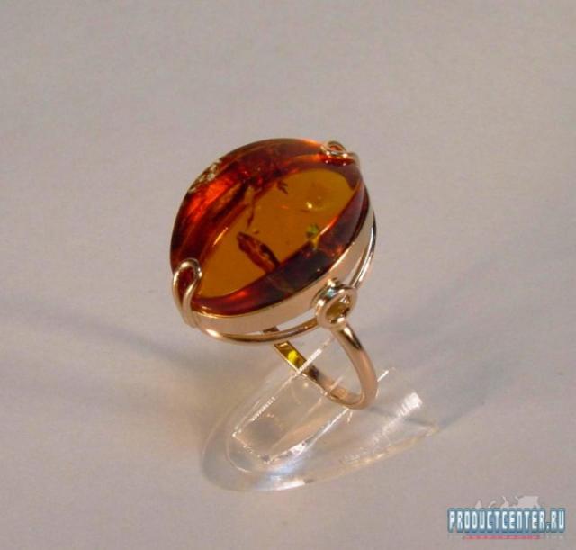 Золотое кольцо с красным янтарём от производителя АО ... 4881e65a228e4