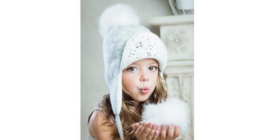 Элегантные и красивые вязаные шапки для девочек от производителя ... f1b582eac6d16