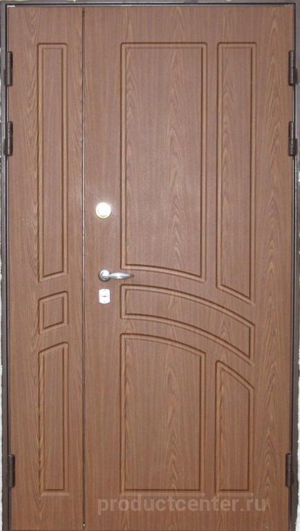 входная двухстворчатая дверь с мдф